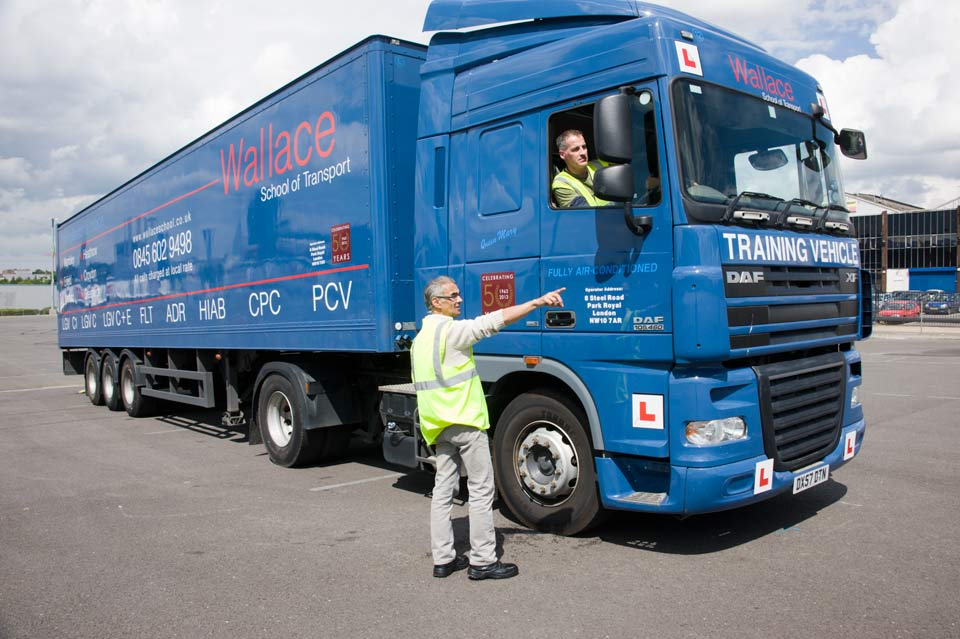 Wallace - Choice of Articulated & Drawbar Training Vehicles