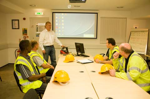 Introduction to Heath & Safety Briefing on Use of Hiab
